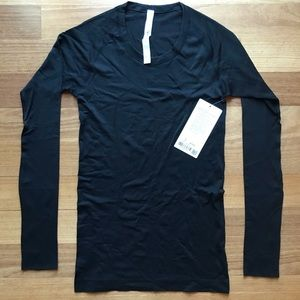 Swiftly Tech Long Sleeve - Lululemon - Size 6